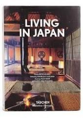 Okładka książki Living in Japan Alex Kerr