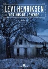 Okładka książki Her hos de levende Levi Henriksen