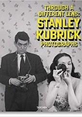 Okładka książki Stanley Kubrick Photographs. Through a Different Lens Luc Sante,Sean Corcoran,Donald Albrecht