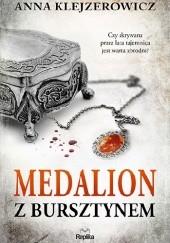 Okładka książki Medalion z bursztynem
