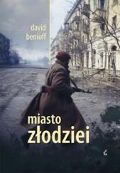 Okładka książki Miasto złodziei David Benioff