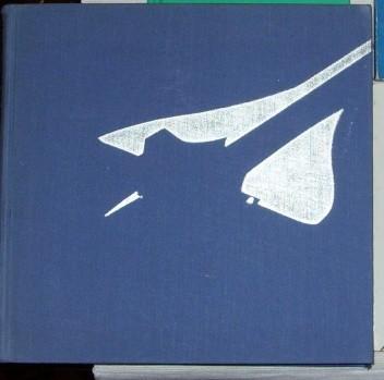 Okładka książki Rozwój samolotów naddźwiękowych Edmund Cichosz