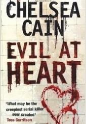 Okładka książki Evil at heart Chelsea Cain
