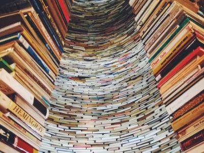 Jak czytać więcej książek? Kilka łatwych sposobów