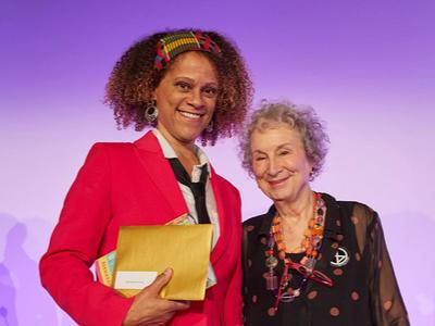 Booker 2019: nagrodzono Margaret Atwood i Bernardine Evaristo