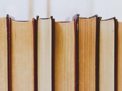 Literackie lustra? O dziełach narodowych
