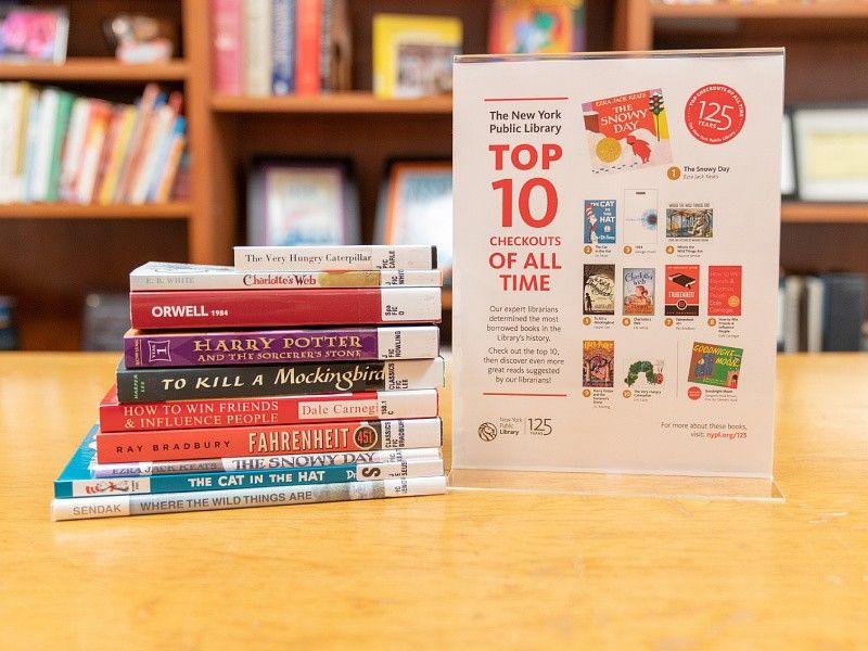 10 najczęściej wypożyczanych książek z biblioteki w Nowym Jorku