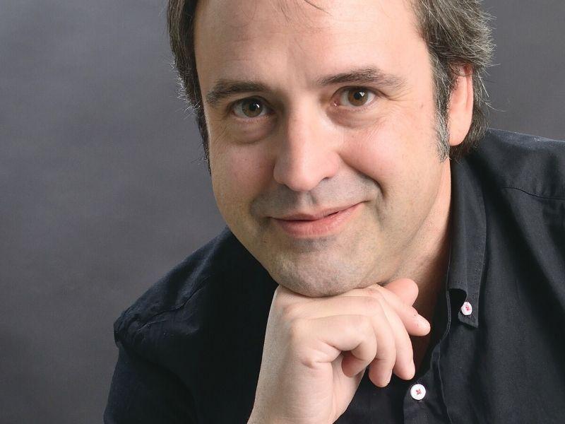 Rozrywka i lustro – wywiad z Juanem Francisco Ferrándizem