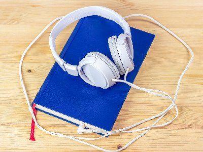Z książką na uszach. Audiobooki warte uwagi